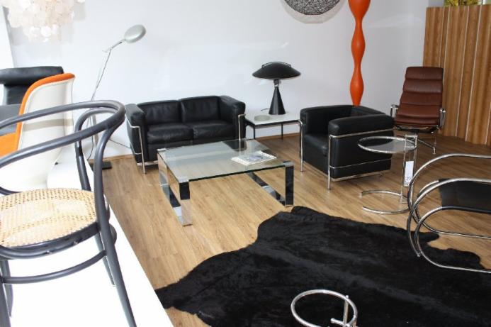 ankauf le corbusier designklassikerankauf. Black Bedroom Furniture Sets. Home Design Ideas